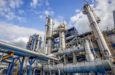 1-Petrochem---Petrochemical---Process-Equipment-Heat-Exchangers-Tanks-Fabrication